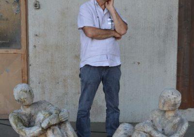 MW18 Impressionen - Hannes Metz mit Skulpturen von Bianca Thater